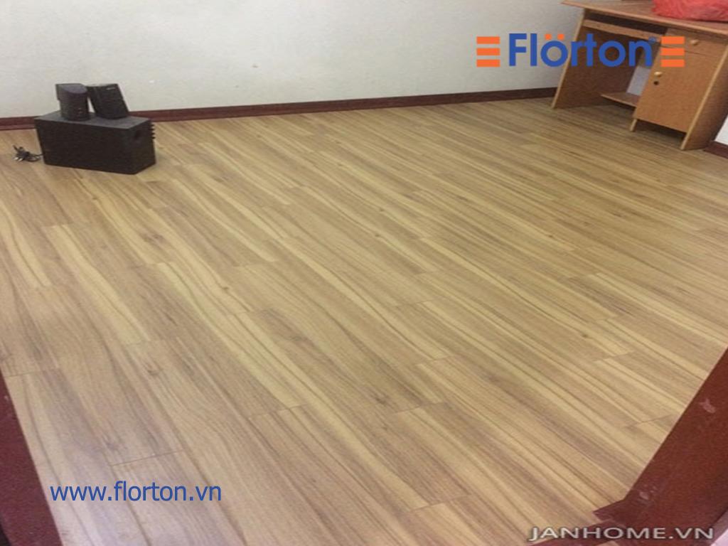 Sàn gỗ Florton FL662 hoàn thiện công trình nhà chị Hà.