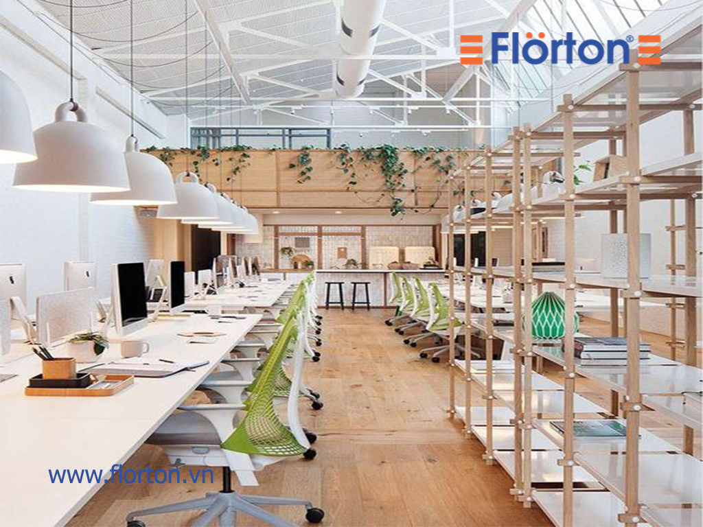So với các loại vật liệu lát sàn khác, thì sàn gỗ công nghiệp Việt Nam có giá rẻ hơn nhiều.