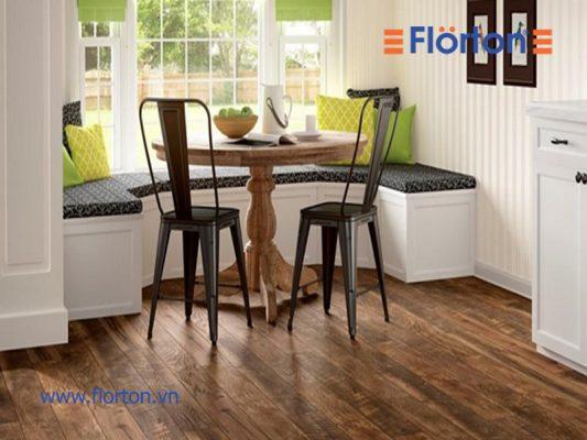 Sàn gỗ công nghiệp cho phòng khách ấm áp