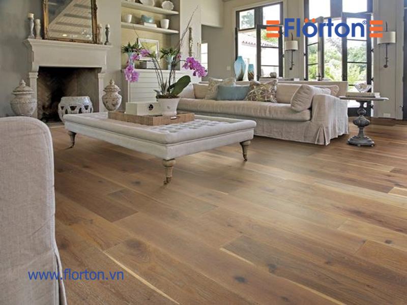 Không gian sạch sẽ thoáng mát khi lắp đặt sàn gỗ công nghiệp