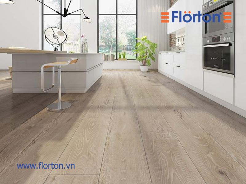 Sàn nhựa vân gỗ không có mùi khó chịu và an toàn với người sử dụng